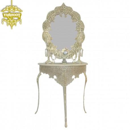 آینه و شمعدان و کنسول خاتون میز سه پایه